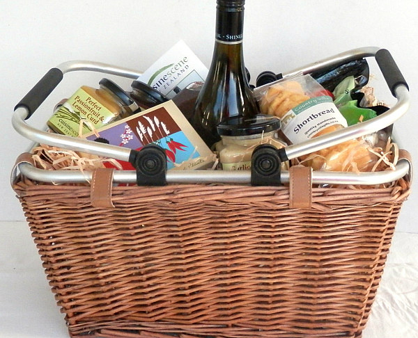 Gift baskets for any occasion cuisine scene new zealand deluxe negle Gallery